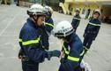 """Thán phục """"biệt đội bông hồng thép"""" của Cảnh sát PCCC Hà Nội"""