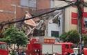 TP HCM: Nhà 2 tầng đổ sập, 3 nam công nhân bị vùi lấp