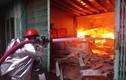 """Mục kích 130 Cảnh sát """"đánh giặc lửa"""" bảo vệ kho xăng, hoá chất"""