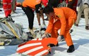Video: Vì sao máy bay Boeing 737 Max 8 của Indonesia vỡ vụn trên biển?