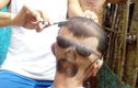 """Dân mạng """"dậy sóng"""" với kiểu tóc phiên bản """"người hai mặt"""""""