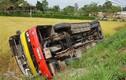 Video: Bí kíp thoát thân cần thiết khi xe buýt bị lật, bị cháy