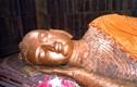 Phật Niết-bàn nằm nghiêng bên nào?