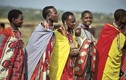Kỳ quái bộ tộc: Phụ nữ cạo đầu, đàn ông xỏ khuyên... làm điệu