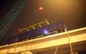 Ảnh: Cẩu thành công tàu lên ray đường sắt trên cao Cát Linh – Hà Đông