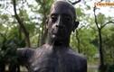 """Ám ảnh những bức tượng """"chết mòn"""" ở công viên Hà Nội"""