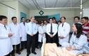 Bí thư Thành ủy TP HCM đi thăm, chúc mừng nhân ngày Thầy thuốc Việt Nam