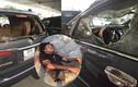 Hà Nội: Đưa thanh niên đập kính ô tô đi bệnh viện tâm thần