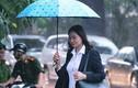 Người dân đội mưa lớn đến viếng Chủ tịch nước Trần Đại Quang