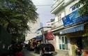 Hà Nội: Sau tiếng nổ lớn, cửa hàng gas bốc cháy ngùn ngụt