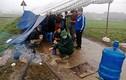 Vì sao người dân dựng lều bạt chặn xe chở rác tại Hà Nội?