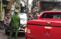 Tài xế ôtô ép cảnh sát đi giật lùi nhận kết đắng