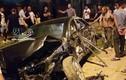 Hình ảnh xe Camry nát bét trên đường, nguyên nhân gây xôn xao
