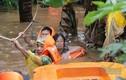 Dự báo thời tiết 13/9: Miền Trung giông lốc nguy hiểm, mưa lớn ở miền Nam