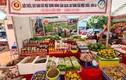 """Đặc sản quê Việt """"đắt khách"""" ở hội chợ thủ đô"""