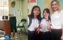 """Cô giáo Anh dạy học ở Sài Gòn """"xinh nhất dải ngân hà"""""""