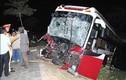 Xe tải đâm nát bét đầu xe khách, 6 người thương vong