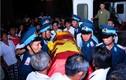 Dân làng trắng đêm đón linh cữu thiếu úy hy sinh vụ Mi-171 rơi