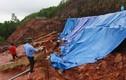 Chuyện lạ Quảng Ninh: Bịt chỗ lở hồ chứa nước bằng vải, bạt