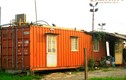 Tận mục bên trong nhà container cũ mèm ở Hà Nội