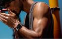 """""""Soi"""" đồng hồ thông minh Apple watch vừa ra mắt"""