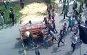 Những vụ mang quan tài diễu phố gây chấn động dư luận