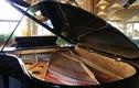 Đàn piano 3 tỷ được đặt riêng cho tiệc Đệ nhất Phu Nhân APEC