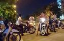 """Dân mạng nói gì về dân tổ đi """"bão đêm"""" náo loạn Hà Nội"""