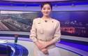 """Lộ danh tính """"khủng"""" nữ MC tác nghiệp trên nóc Daewoo dịp Thượng đỉnh Mỹ-Triều"""