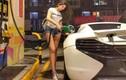 Đứng đổ xăng thôi cũng đẹp, cô gái Đài Bắc khiến CĐM lùng sục info