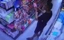 Đà Nẵng: Tìm được người tâm thần bôi nước bọt lên gói hàng trong siêu thị