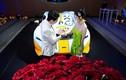 """Kỉ niệm 9 năm ngày cưới, đại gia Minh Nhựa làm netizen """"choáng"""""""