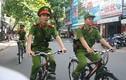Soi xe đạp chuyên dụng tuần tra của Công an Hà Nội