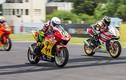 Xem dân chơi Việt cầm lái xe môtô Honda tại Ấn Độ