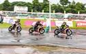 """Dân chơi xe máy Honda đội mưa, """"đua nóng"""" tại Đồng Tháp"""