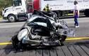 """Xe Toyota MR2 tai nạn """"nát bét"""", người lái vẫn bình an"""
