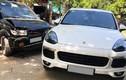 """Chủ xe Isuzu """"méo mặt"""" vì đâm phải xe sang Porsche Cayenne"""