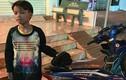 Bé 13 tuổi cưỡi xe máy SYM lạc 300 km tại Kon Tum
