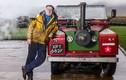 Cụ ông 70 tuổi tự chế xe Land Rover chạy bằng hơi nước