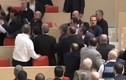 Nghị sỹ đấm đá nhau như phim chưởng giữa quốc hội
