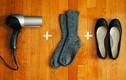 Biến giày chật thành vừa chân bằng máy sấy tóc