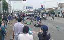 """Tai nạn kinh hoàng container """"ủi"""" 18 xe máy, hàng chục người thương vong"""