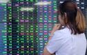 VN-Index giảm 2,89 điểm trước cản 1.400