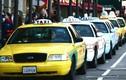 Taxi truyền thống chao đảo thế nào khi có Uber, Grab?