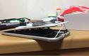 Ảnh nóng iPhone 8 Plus bị tách đôi, bung màn hình khi sạc