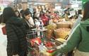 Hóa đơn siêu thị dài 3 mét: Vợ chồng bơ phờ sắm Tết