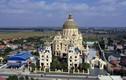 Lâu đài của tỷ phú Ninh Bình lên báo Tây