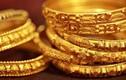 Giá vàng thế giới suy yếu sau cơn sốt cao
