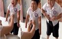Video: Mặc quần áo không vừa, cậu bé biểu cảm cực hài
