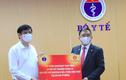 Tập đoàn Vingroup tặng 30 máy xét nghiệm COVID-19 qua hơi thở cho Bộ Y tế